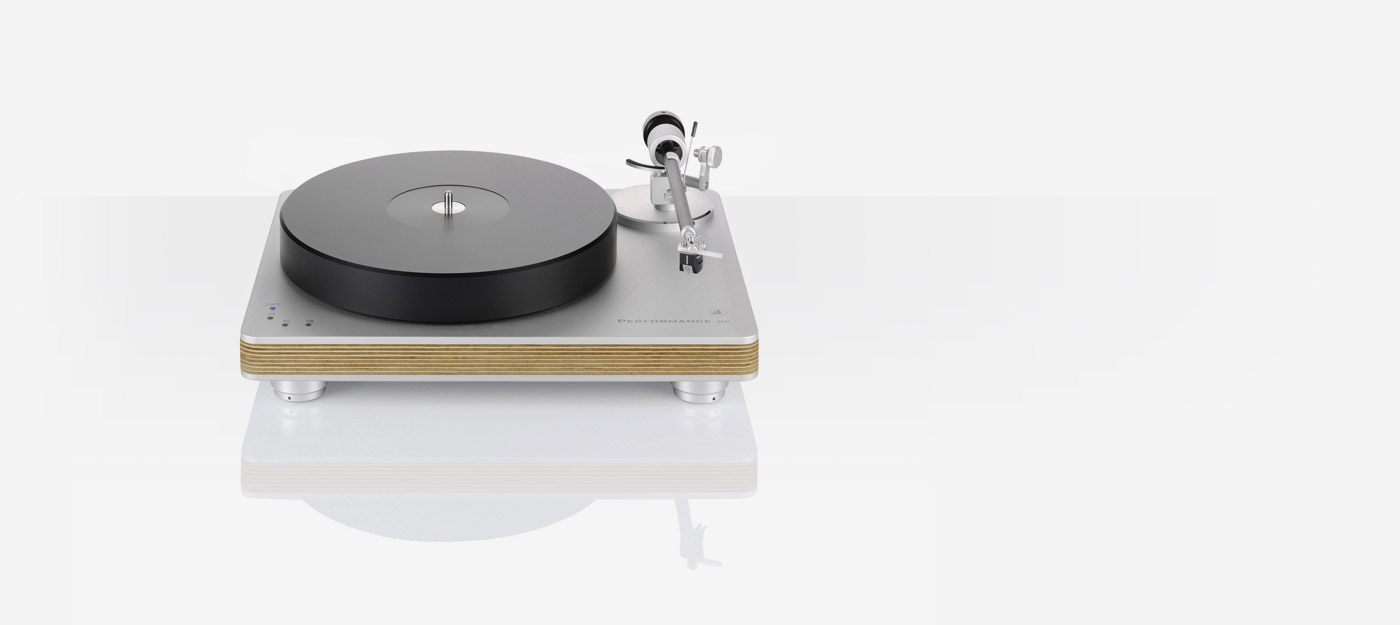 Clearaudio performance dc turntable package - Clearaudio Electronic Gmbh Performance Dc High End For All Features Award Winning Technology